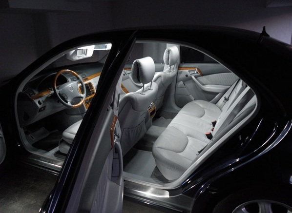 set 18 led interieur exterieur blanc xenon pour mercedes. Black Bedroom Furniture Sets. Home Design Ideas