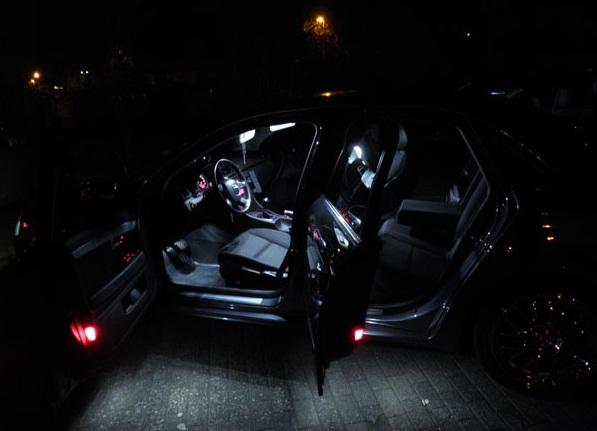 FEUX ARRIERES BLANC XENON CANBUS ECLAIRAGE COFFRE LED BMW SERIE 1 F20 2011