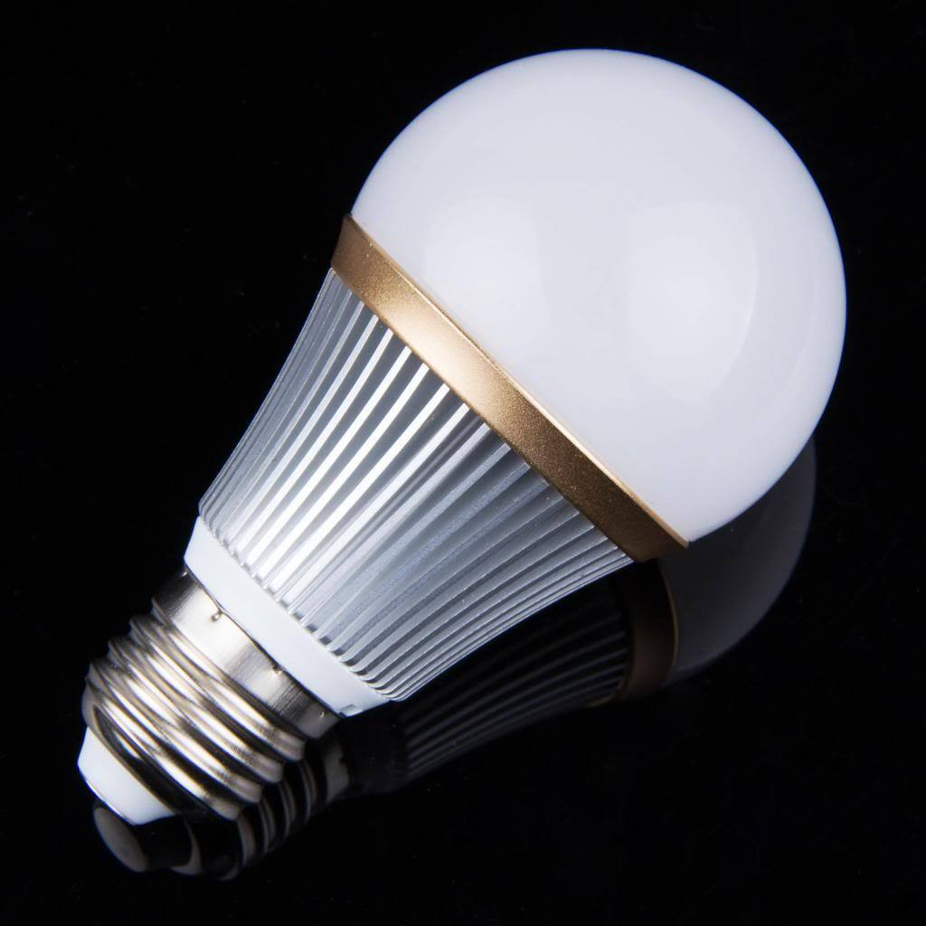 1 ampoule led maison e27 15w 220v dimmable couleur blanc froid 5500k adtuning france. Black Bedroom Furniture Sets. Home Design Ideas