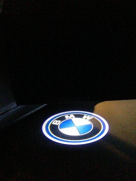 2 pico projecteur logo bmw a led bmw serie 1 e81 e82 e87. Black Bedroom Furniture Sets. Home Design Ideas